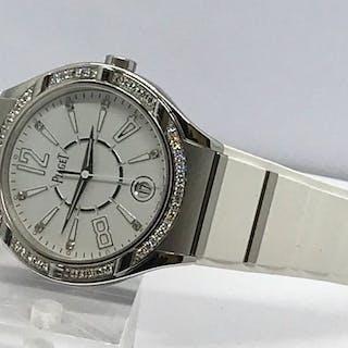 Piaget - 18k white gold diamonds ladies watch - GOA35014...