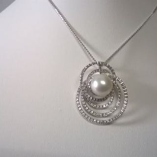 Re Carlo. - 18 kt. White gold - Necklace with pendant - Diamonds