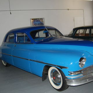 Packard - Straight 8 - 1948