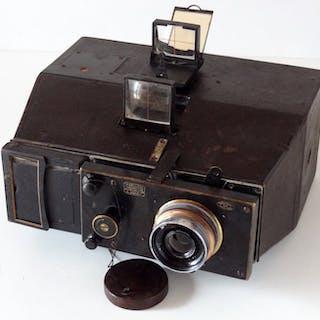 Bellieni Jumelle.Objectif Carl Zeiss Jena 8/110mm Forma 8x9 Modèle24 poses