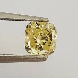 Diamond - 0.84 ct - Cushion - fancy yellow - SI1
