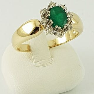 14 kt Gelbgold - Ring - 0.70 ct Smaragd - Diamant