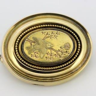 15 kt. Circa 1880's - Antique Victorian 15k gold mourning brooch