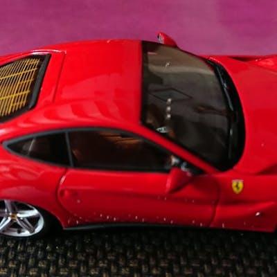 BBR - 1:43 - Lot avec 2 x Ferrari: Ferrari F12 Berlinetta &
