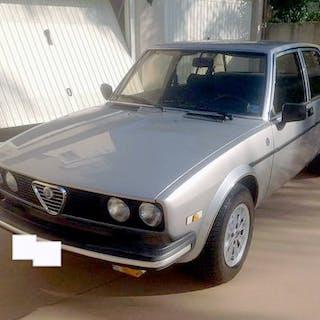 Alfa Romeo - Alfetta 2000 Li America - 1981