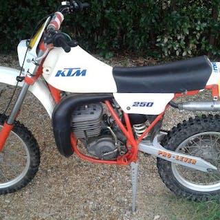 KTM - MC - 250 cc - 1982