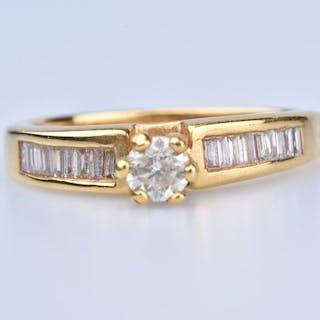 18 quilates Oro amarillo - Anillo - 0.33 ct Diamante