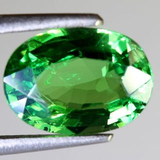 Intense Green Tsavorite - 1.95 ct