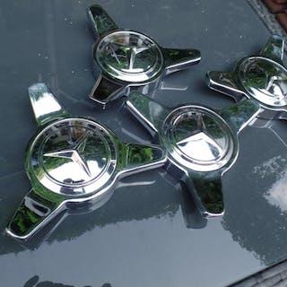 Parts - Mercedes Gullwing - Radverschlüsse Rarität