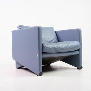 Artifort - designer armchair in 'sky blue' leather