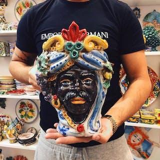 Ceramic object - Ceramic