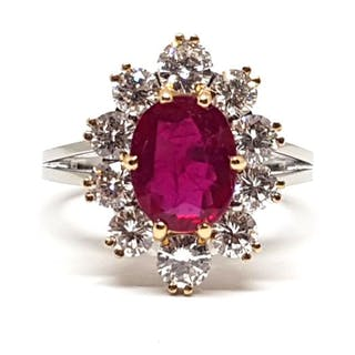 18 kt. White gold - Ring - 2.70 ct Ruby - Diamond