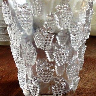 René Lalique - Vase Modèle Lave Raisins Malaga (1) - Verre