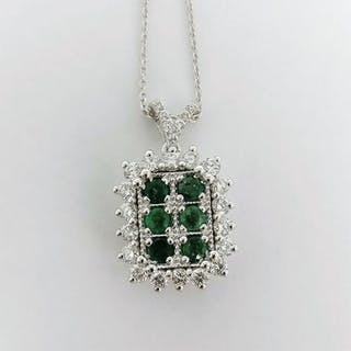 18 kt. White gold - Necklace with pendant - 0.51 ct Emerald - Diamond