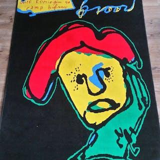 depicting a design by Herman Brood - Tappeto - 'Onze koningin na ramp Bijlmer'