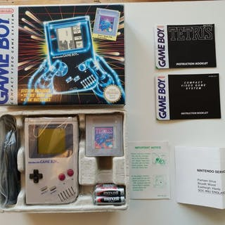 Nintendo dmg-01 1989 Rare Hard Box - Gameboy Classic- In original box
