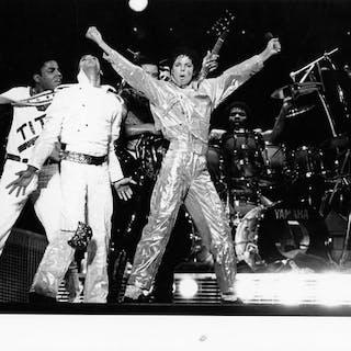 John Paschal/LFI - (3x) Michael Jackson, Victory Tour, 1984/1992