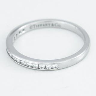 Tiffany - 950 PT Platinum - Ring - Diamonds