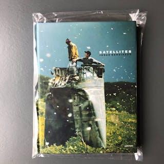 Jonas Bendiksen - Satellites: Photographs from the...