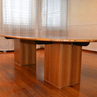 Afra Scarpa, Tobia Scarpa - B&B Italia - Dining table (1)