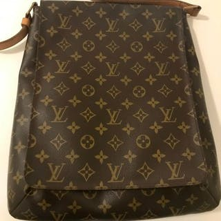 Louis Vuitton - Musette Salsa GM Crossbody bag