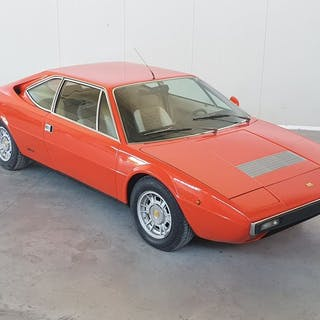Ferrari - 208 GT4 DINO - 1976
