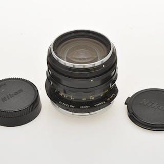 Nikonrare shift lens 35mm F:3.5 PC-Nikkor NKJ mod. AI, exc++++