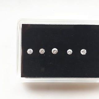 5 pcs Diamonds - 0.81 ct - Brilliant - lowest color G and...