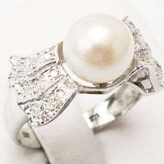 14 kt. Akoya pearl, White gold - Ring - Diamond