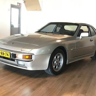 Porsche - 944 - 1985