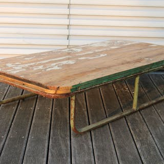 tavolino industriale, tavolino (1)