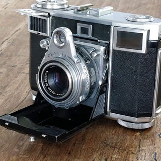 Zeiss Ikon Contessa 533/24 + Zeiss Opton Tessar 1:2,8 45mm