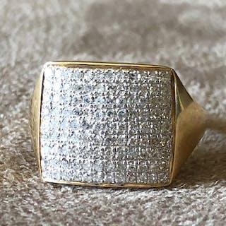 Or jaune - Bague - Diamants