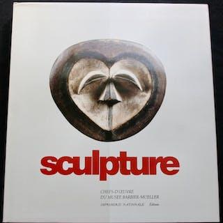 Buch (1) - Papier - Sculpture chefs d'Oeuvre du musée...