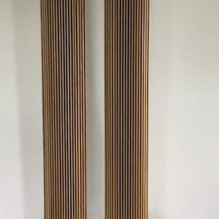 B&O - Paar Beolab 8000 speakers met eiken houten fronten...