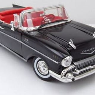 Motormax - 1:18 - 1957 Chevrolet Bel Air convertible...