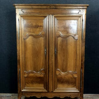 Cabinet - Transition - Walnut - Late 18th century