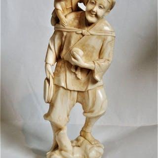 Okimono - Marine ivory - a good single piece carving of a...