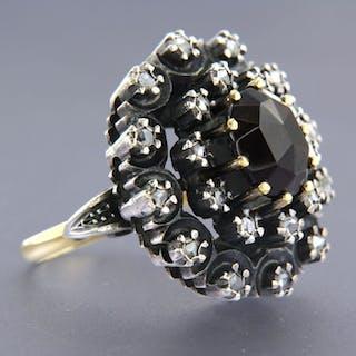 14k gouden ring met Z2 zilver Silver, Yellow gold - Ring Garnet - Diamond