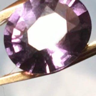 Violet Spinelle - 1.91 ct
