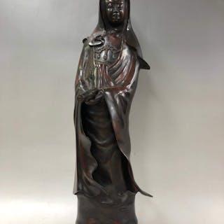 Okimono, Avalokitesvara Buddha Statue - Bronze- - Bronze...