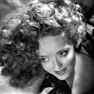George Hurrell (1904-1992)/Photofest - Bette Davis, 1938