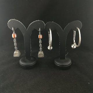 Earrings (4) - Silver - Asia