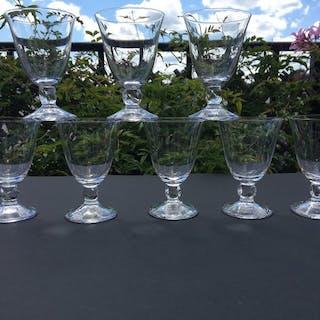 Daum  - Magnifique série de 8 verres  - Cristal