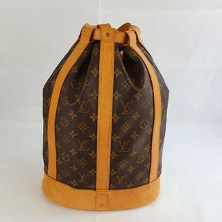 Louis Vuitton - Randonnee GM Shoulder bag