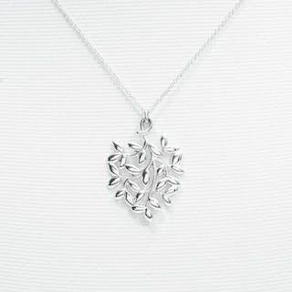 Tiffany & Co. Paloma Picasso Olive Leaf PendantSilver - Pendant
