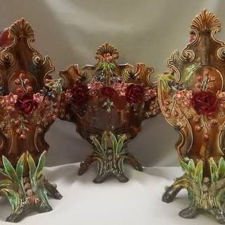 Majolica - Three-part cabinet set - Art Nouveau