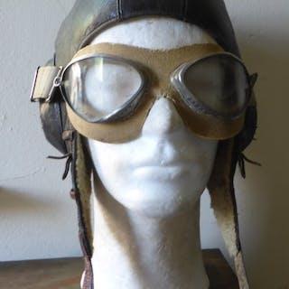 Deutschland - Luftwaffe - Pilotenhelm und Pilotenbrille - 1940