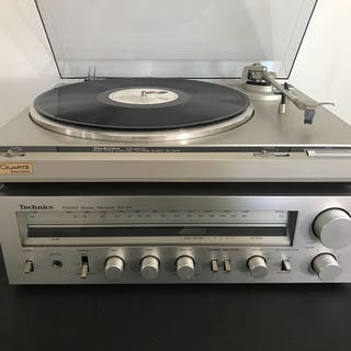 Technics - Vintage SA-101 en SL-Q210 - Radio, Receiver, Turntable