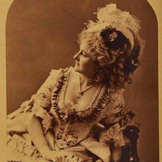 Napoleon Sarony (1821-1896) - Fanny Davenport